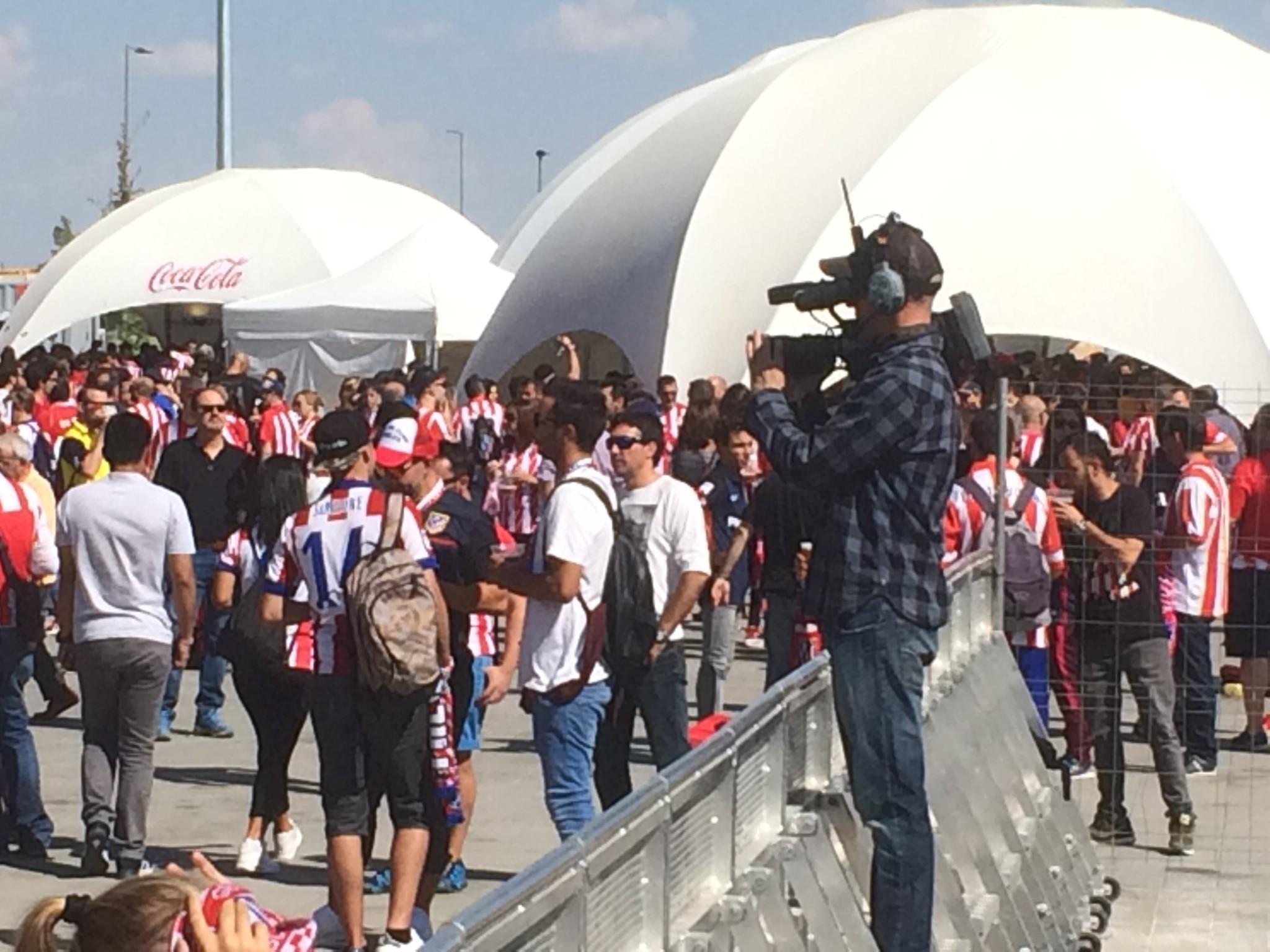 Retransmisión de concierto del Wanda Metropolitano 8