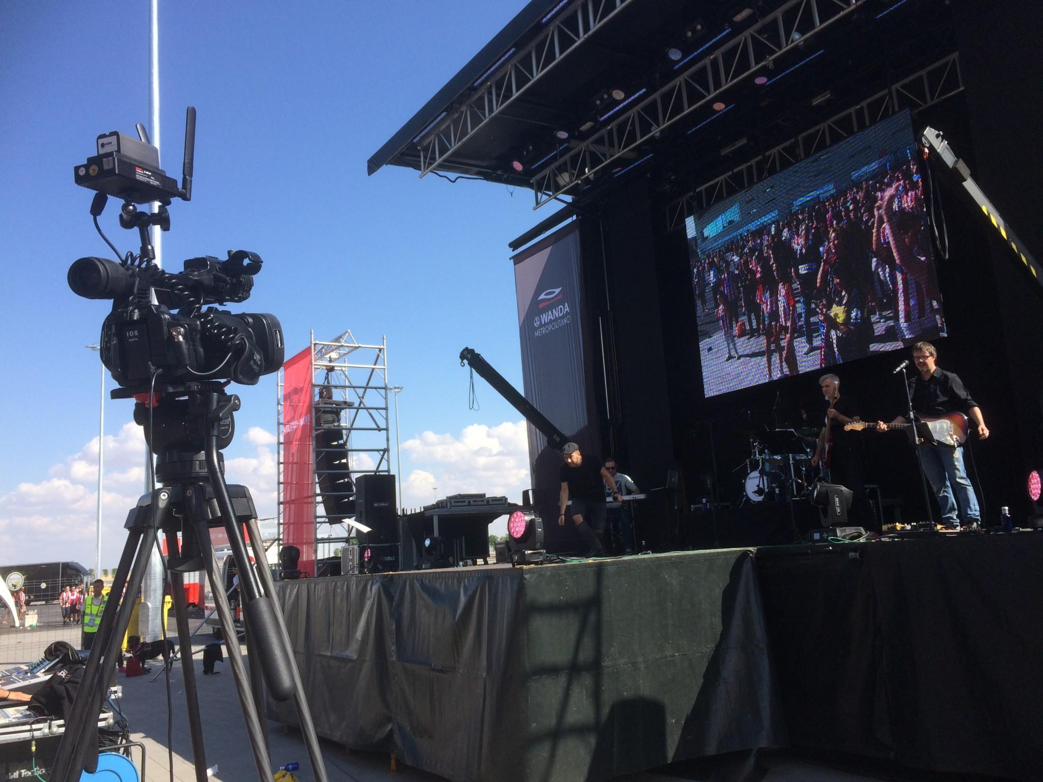 Retransmisión de concierto del Wanda Metropolitano 7
